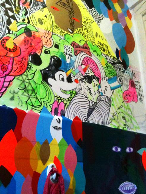 945 eigen kunst eerst blog - Toiletten versieren ...